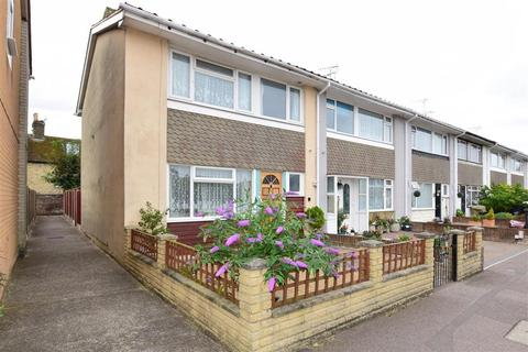 3 bedroom terraced house for sale - Yew Tree Gardens, Birchington, Kent