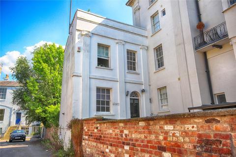 6 bedroom end of terrace house for sale - Wellington Street, Cheltenham, GL50