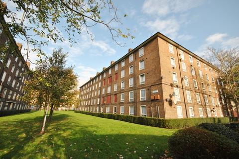 3 bedroom flat for sale - Orb Street London SE17