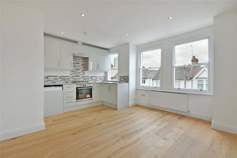 2 bedroom flat to rent - Russell Road, West Hendon, NW9
