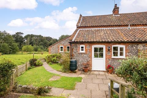 3 bedroom cottage for sale - Hanworth