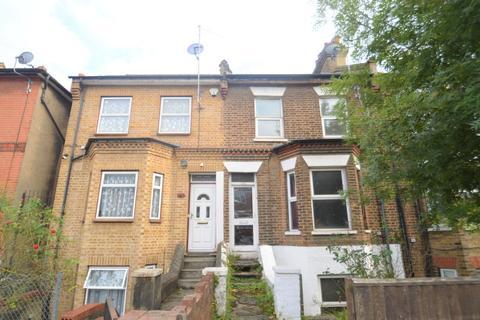 2 bedroom maisonette for sale - Herbert Road, London, SE18 3QE
