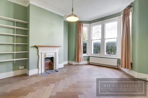 3 bedroom terraced house to rent - Riches Road, London, N15