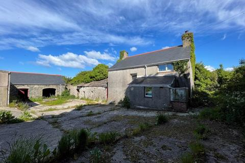 3 bedroom detached house for sale - Llanddona, Anglesey.  By Online Auction Provisional bidding closing 14/10/2021 Subject to Online Auction T&C's