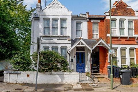5 bedroom end of terrace house for sale - Ingram Road, East Finchley, London, N2 9QA