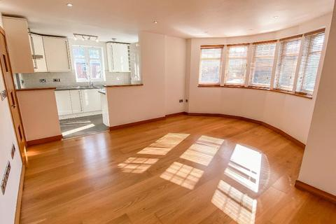 2 bedroom flat to rent - Lyndale Avenue, Childs Hill, NW2 2PY
