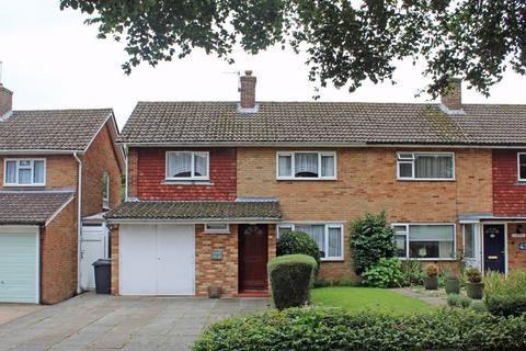3 bedroom semi-detached house for sale - Falconwood Road, Croydon, Surrey