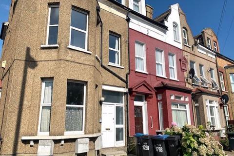 2 bedroom flat to rent - Church Street, Edmonton, London N9