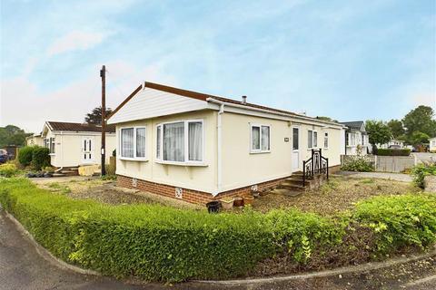 2 bedroom mobile home for sale - Harthurstfield Park, Cheltenham, Gloucestershire