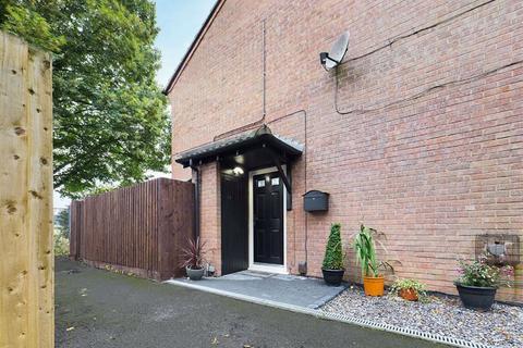1 bedroom end of terrace house for sale - Somergate Road, Cheltenham, Gloucestershire