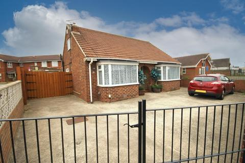 2 bedroom detached bungalow for sale - West View Road, Hartlepool, TS24 0BW