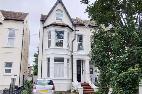 1 bedroom flat for sale - York Road, Southend On Sea, Essex