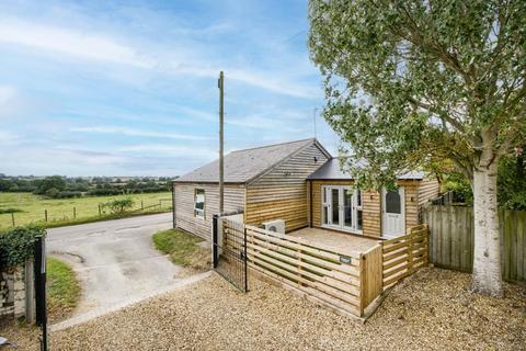 2 bedroom detached house for sale - Rouncil Lane, Kenilworth