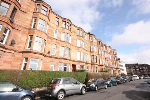 3 bedroom flat to rent - Flat 2/1, 40 Thornwood Terrace, G11 7QZ