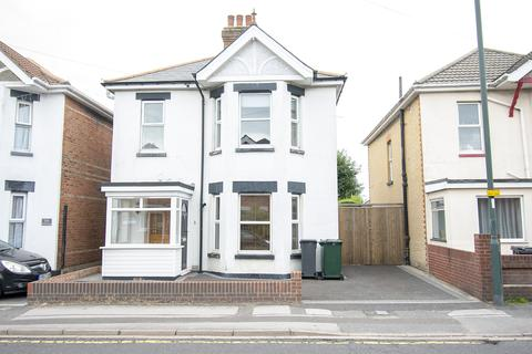4 bedroom detached house for sale - 4 Bedroom Student House on Ensbury Park Road