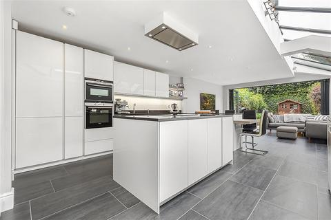 5 bedroom terraced house for sale - Winthorpe Road, SW15