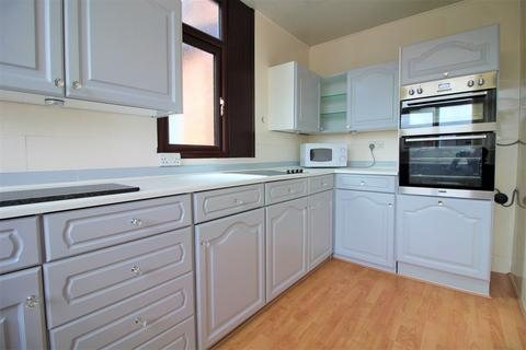 3 bedroom flat to rent - , St. Davids Road South, Lytham St. Annes, Lancashire, FY8