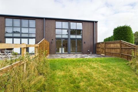 3 bedroom barn conversion to rent - Wildmoor, Sherfield-on-Loddon, Hook, RG27