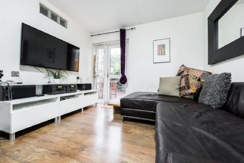 2 bedroom flat to rent - Shaftesbury Street London N1