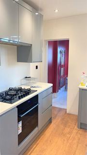 3 bedroom maisonette to rent - Totton Road,  Thornton Heath , CR7