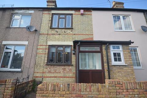 2 bedroom house to rent - Claremont Road, Hornchurch, RM11