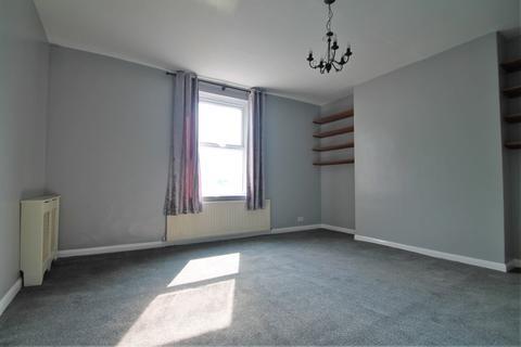 2 bedroom flat to rent - Flat A, 115 London Road, Gravesend, Kent