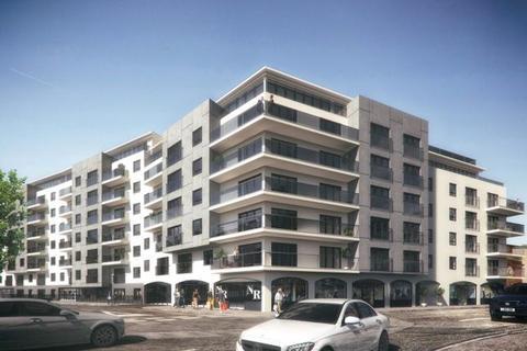 1 bedroom flat to rent - Canute Road, Ocean Village