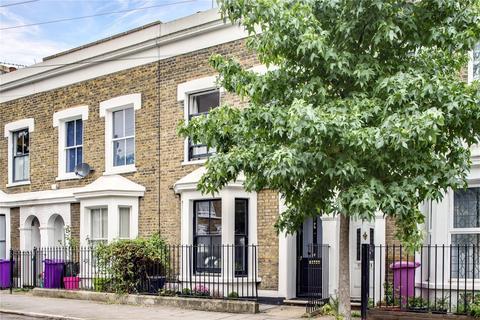 3 bedroom house for sale - Arrow Road, Bow, London, E3