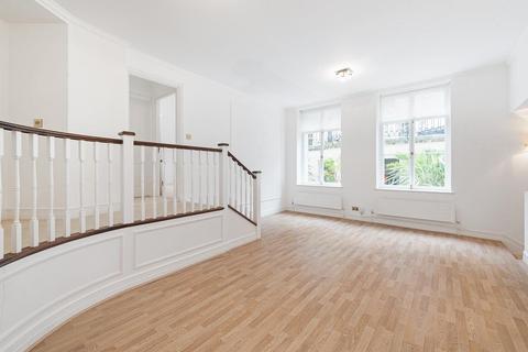 2 bedroom flat to rent - Mansfield Street, Marylebone, London, W1G
