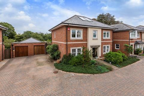 4 bedroom detached house for sale - Fairhaven Place, Kings Avenue, Chichester, PO19