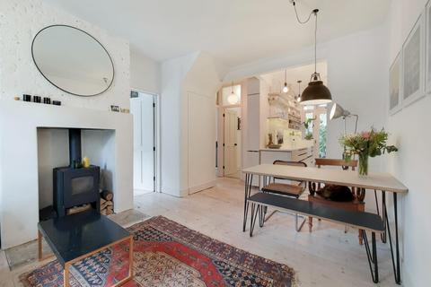 2 bedroom flat for sale - Merrow Street, London SE17