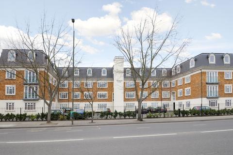 3 bedroom apartment to rent - Tweedy Road Bromley BR1
