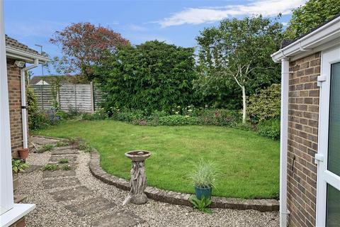 2 bedroom detached bungalow for sale - Barn Close, Littlehampton, West Sussex