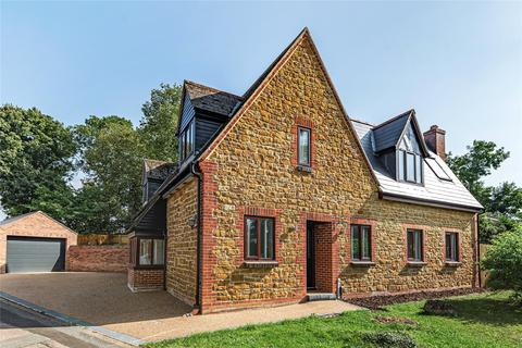 4 bedroom detached house for sale - Duston Wildes, Duston, Northamptonshire, NN5