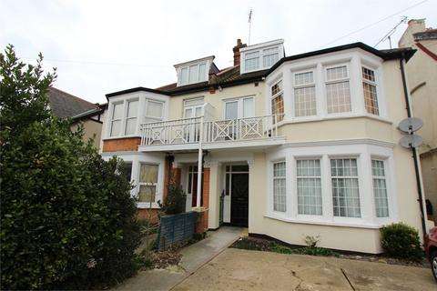 2 bedroom apartment to rent - Whitefriars Crescent, Westcliff-on-Sea, SS0