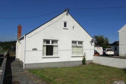 2 bedroom detached bungalow for sale - Porthyrhyd, Carmarthen, Carmarthenshire.