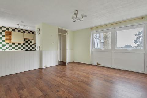 1 bedroom flat for sale - Broadwater House, Grenside Road, Weybridge, KT13