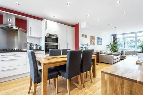 3 bedroom terraced house for sale - Glanville Road, Brixton