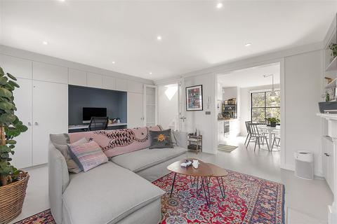 2 bedroom flat for sale - Chesterton Road, W10