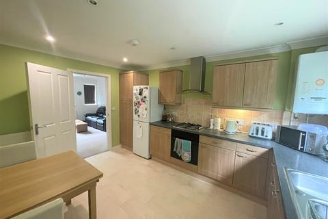 2 bedroom apartment to rent - Kings Worthy, Winchester