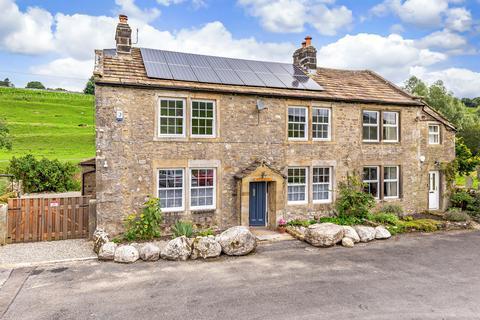4 bedroom semi-detached house for sale - Riverside Manor