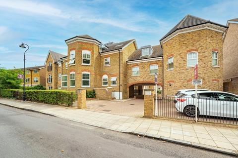 2 bedroom apartment for sale - Manor House Court, Golden Manor, Hanwell