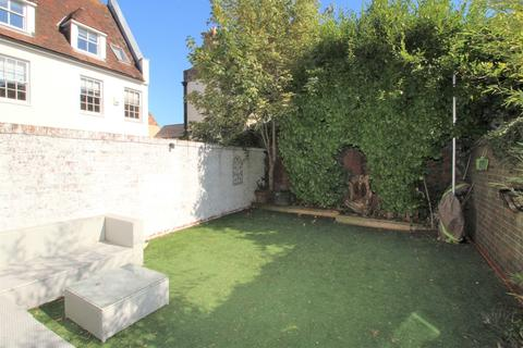 3 bedroom end of terrace house to rent - Barbers Gate, Poole