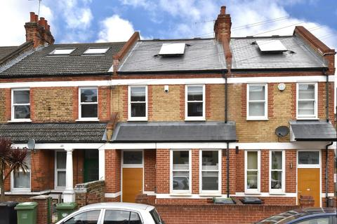 3 bedroom terraced house to rent - Lessing St, SE23