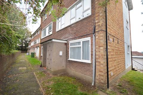 2 bedroom maisonette to rent - Byron House, Chapel Close, Crayford, DA1