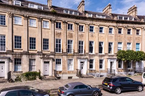 2 bedroom apartment for sale - Camden Crescent, Bath
