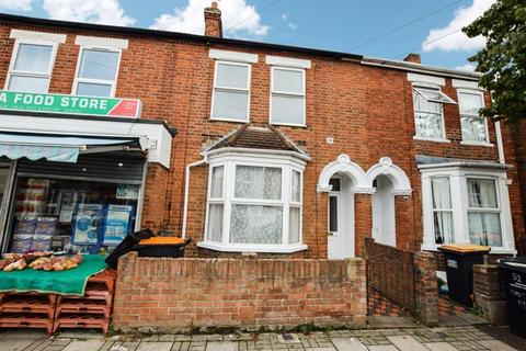 3 bedroom house to rent - Coventry Road, Queens Park Area, Bedford