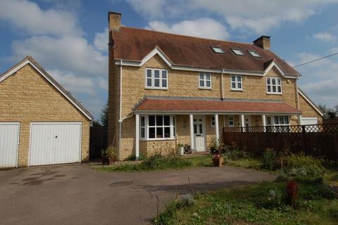 3 bedroom semi-detached house for sale - Bletchingdon Road ISLIP