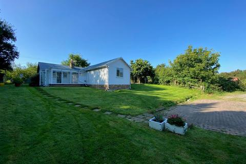 2 bedroom bungalow to rent - Yelsted Road, Yelsted, Sittingbourne, ME9 7XG