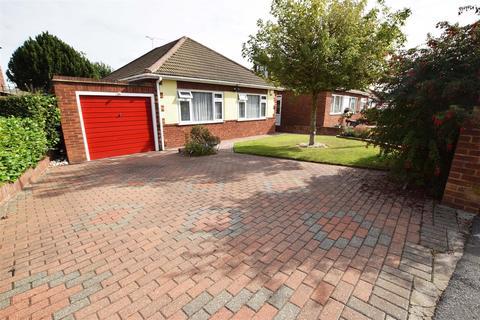 3 bedroom detached bungalow for sale - Bettescombe Road, Gillingham